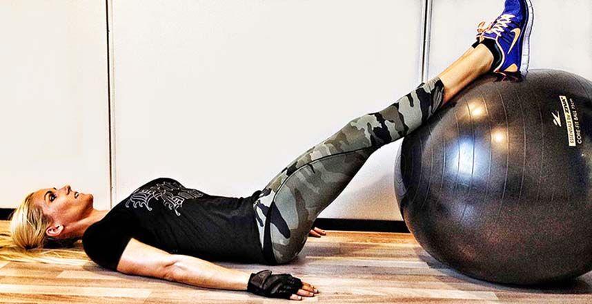 17 حرکت ورزشی برای تقویت عضلات پشت ران (Hamstring) مخصوص خانمها