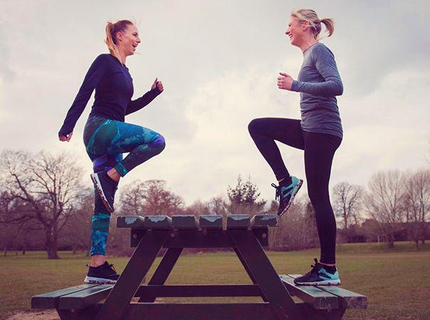 افزایش تعادل بدن؛ 12 حرکت ساده ورزشی برای خانمها در خانه