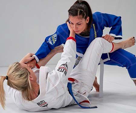 مناسب ترین ورزش رزمی برای خانمها چیست و چرا؟