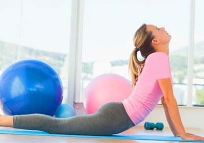 کاهش درد پریود با ورزش